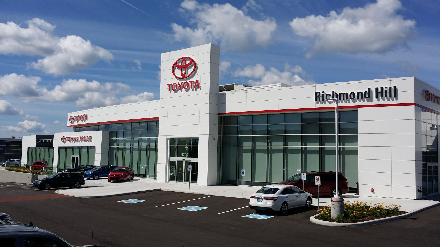 Richmond Hill Toyota | 👍 - 3 2/5 - 29 Reviews | 11240 Yonge St